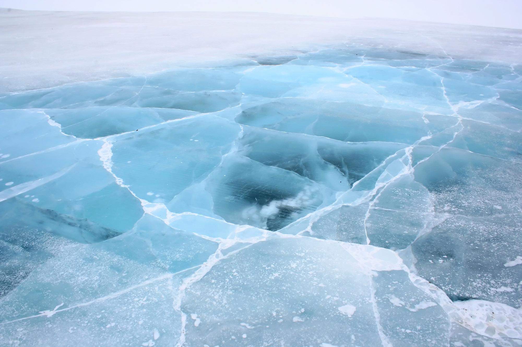 Ice_road_Northwest_Territories